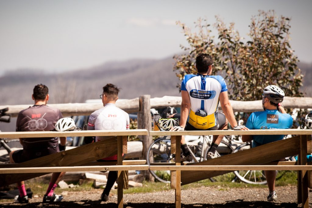 Enjoying the views during a well earned rest. Photo: Kirsten Simpson Photography. Copyright
