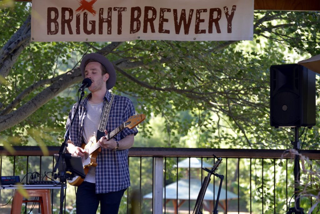 Mcrobin performing. Photo Credit: Bright Brewery